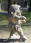 Mann mit Strohtaschenhut