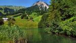 Die bezaubernde Bergumrahmung des Seewaldsees