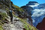 Wilde Frau und Blümlisalpgletscher vom Steig zur Blümlisalphütte