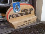 Award / Pokal aus Holz mit gefrästem Logo