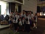 神戸の全日本高校・大学ダンスフェスティバル開会式にくまもんTシャツを着て記念撮影