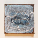 The long way round. 20x20 cm, sackcloth on canvas, intonaco, pigments, pastelstick (verkauft)