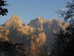 Skrlatica (2740 m) dann Dovski Kriz (2542 m) und ganz rechts Kukova Spica 2427 m