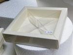 scatolina quadretto con divisori 12X12H3,2 €2,50