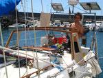 Canarias, Arrecife (Lanzarote). Montándole la cabina tan necesitada más adelante.