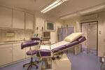 Untersuchung und Behandlung