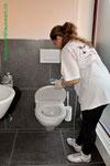 Markhauswart Reinigung von sanitären Anlagen