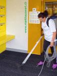 Markhauswart Reinigung von Eingangsbereichen