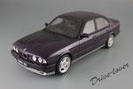 BMW M5 OTTO mobile OT106 Daytona Violet metallic
