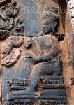 Tambourinaire de la danse de Śiva. Banteay Srei. XIe s.