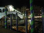 Le pont Rialto vers 20h