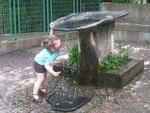 Dégustation de l'eau de Volvic