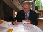 """Jean Baumard dédicace son livre sur le """"Quarts de Chaume"""""""