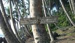 Terre sacrée près du village