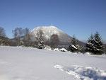 """Le Puy-de-Dôme vu de l' """"Espace Volcan"""" (Laschamp)"""
