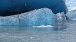 Lumières et transparences. Icebergs sur le Jokulsarlon en Islande