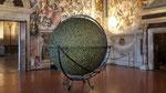 Le Globe de scarabées est présenté dans une des salles du Plazzio Vecchio
