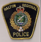 Halton Regional - Police - Officier / Senior Officer  (Ontario)  (2ème modèle / 2nd model)  (Fond noir / Black background)