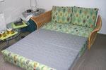 Schlafsofa im zweiten Schlafzimmer ausgezogen