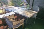 Loggia mit Tisch