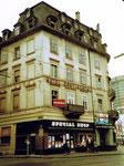 Das Eckhaus des Hotel Continental am Centralbahnplatz Bahnhof SBB Basel, 1975