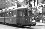 Trammotorwagen Be 4/4 Nr.437 auf der Linie 18 an der Endstation und Kehrschleife Schifflände, 1969