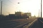 Die Viaduktstrasse mit der Grossgarage Schlotterbeck im Jahre 1980
