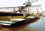 Der revidierte Kran der Rheinischen Güterumschlags AG (vorm.Rheinische Kohlenumschlags AG) im Hafenbecken 1, 1980