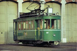 Einrichtungs-Trammotorwagen Be 2/2 Nr.197 vor dem schönen Depot Wiesenplatz, 1970