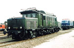 Die starke Elektro-Lokomotive der BR E-194 181-4 beim Bad.Bahnhof Basel, 1979