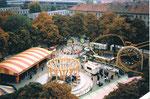 Gesamtansicht der Herbstmesse auf der Rosental-Anlage, 1987