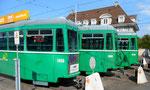Drei Anhängewagen warten auf ihr unrühmliches Ende, Depot Dreispitz September 2016
