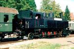 Die Dampflokomotive BR 93 1378 der Kandertalbahn im Bahnhof Kandern im Jahre 2001