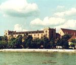 Der Unterer Rheinweg mit der Kaserne, 1980