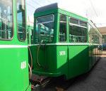 Der Trammotorwagen Be4/4 Nr.469 und der Anhängewagen B4 Nr.1474 in gutem Zustand, aber bereit zur Verschrottung, Depot Dreispitz September 2016