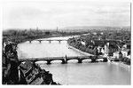 Ansichtskarte Basel. Blick auf drei Rheinbrücken (Verlag Beringer & Pampaluchi Zürich)