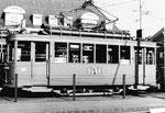 Der Trammotorwagen Be 2/2 Nr. 202 vor dem Depot Dreispitz, 1970. Dieser Motorwagen wurde 1971 an das Verkehrshaus der Schweiz in Luzern übergeben. (siehe nachfolgende Fotos Nr.193 - 202)