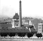 Der Schlachthof Basel (Baujahr 1900 - 1906) vom Kleinbasel aus gesehen, 1958