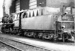 Tenderansicht der Güterzug-Dampflokomotive BR 051 858-9 beim BW Haltingen, 1971