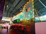 Die bestens renovierte Wiener-Prater-Geisterbahn während der Herbstmesse in der ehemaligen riesigen Halle 6 in Basel, 2014