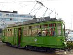 Der legendäre Tramwagen «Dante Schuggi« während einer abendlichen Kursfahrt, 2014