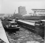 Der strenge Winter 1962/1963 im Rheinhafen Basel (Hafenbecken 2)
