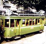 Der Trammotorwagen Be 2/2 Nr. 173 der Linie 2 in der Abstellanlage an der Endstation Kleinhüningen, 1970