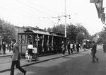 Der Museums-Tramzug Nr.4 an der Haltestelle Mustermesse im Jahre 1972