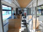 Ein Blick in den Innenraum des neuen Trammotorwagens Nr.6001, April 2017