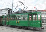 Betriebstag 50 Jahre Tramclub Basel: Der Trammotorwagen Be 2/2 Nr.156 «Zum Sod« steht als «Fotomodell» vor dem Depot-Dreispitz, Juni 2018