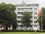 Das in den 60er-Jahren erbaute  Wohnhaus St.Johann-Platz 26 im Jahre 2017