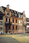 Häuserreihe mit einem Doppelhaus an der Socinstrasse (eine Hälfte wird abgerissen!!!) 1993