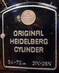 Die praktische Einhebelsteuerung des «OHZ», einer Zylnder-Schnellpresse der Heidelberger Druckmaschinen AG