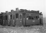 Einige Trammotorwagen der Serie Be2/2 bereit zum Verschrotten, 1972
